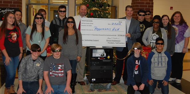 Pepperell High receives a grant to bring virtual reality into the classroom experience