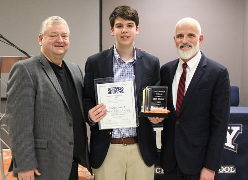Unity Christian Announces Carson Earnest as STAR Student Award Winner