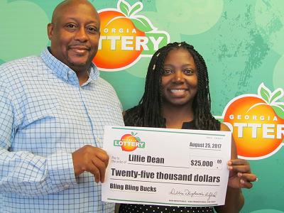 Silver Creek woman cashes in $25,000 prize