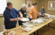 Heyman HospiceCare Prepares Thanksgiving Meals for Families