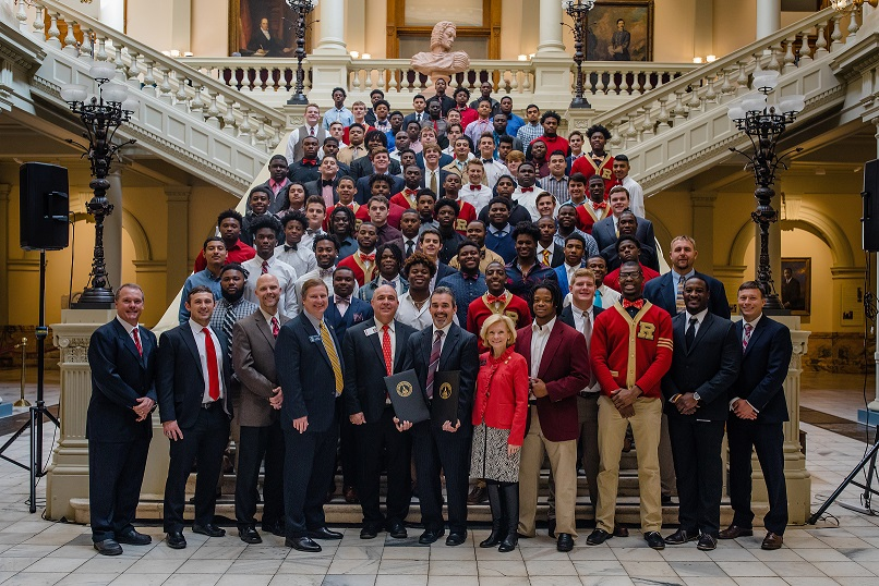 Rome High Wolves Meet the Governor at the State Capitol