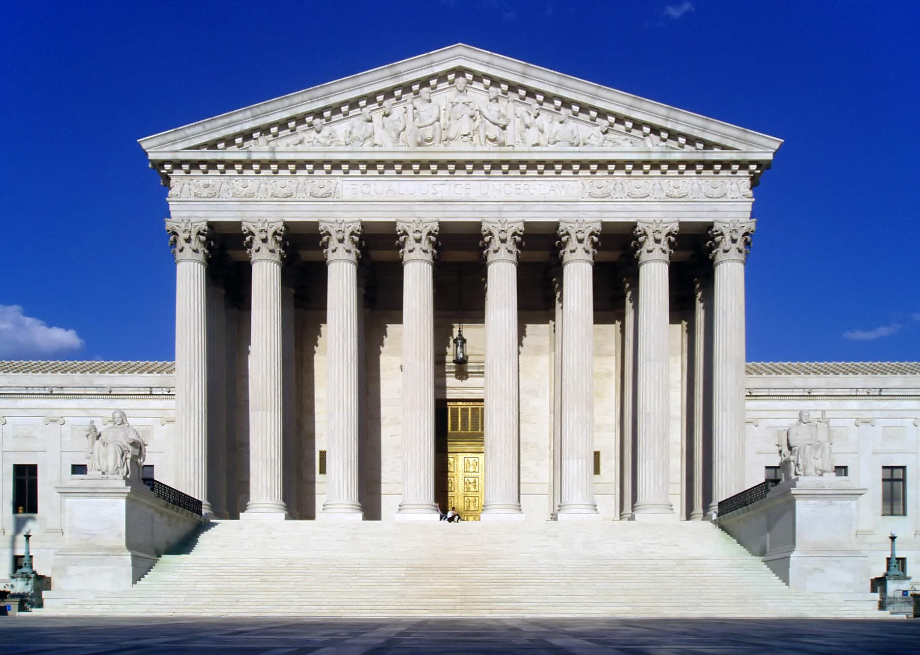 "US Supreme Court, ""States Can Allow Sports Betting"""