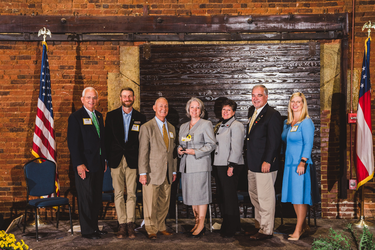 Floyd County Schools Honored for Farm to School Excellence at 2018 Golden Radish Awards