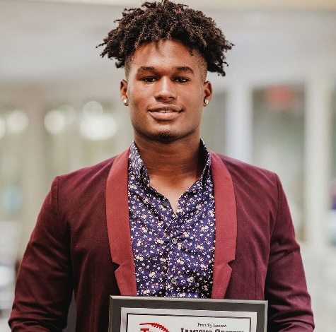 Jamious Griffin Recognized by the Touchdown Club of Atlanta