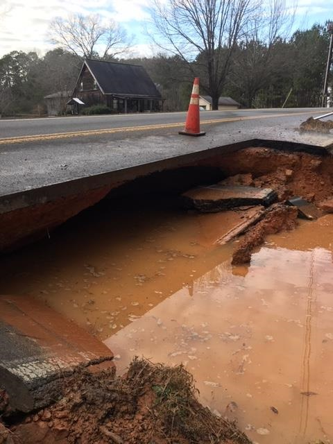 Floyd County Road Closed Due to Sinkhole