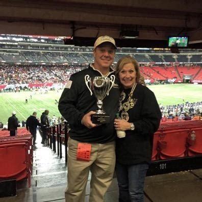 Calhoun's Hal Lamb Announces Retirement