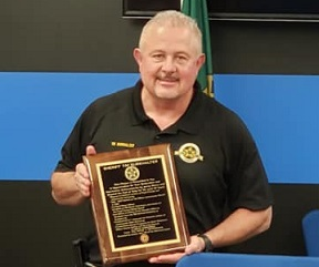FLoyd County Sheriff Named Officer of the Year