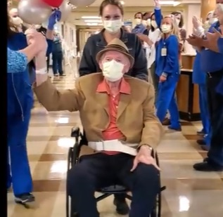 Redmond Hospital Celebrates REcovery of 83 Year-old COVID-19 Patient