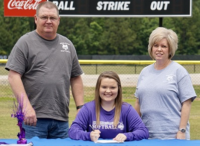 Armuchee High Signs Softball Scholarship