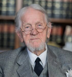 Famed Attorney Bobby Lee cook Dead at 96