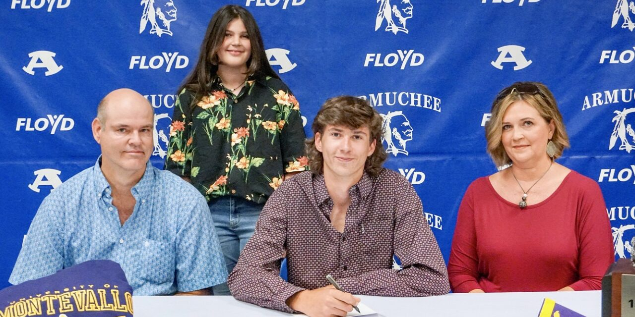 Floyd County School Students Sign Letters of Intent to play Sports in College